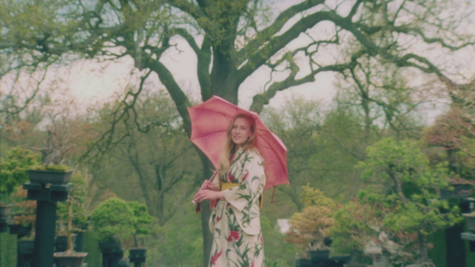 Billie marten official music videos songs and more vevo hexwebz Image collections