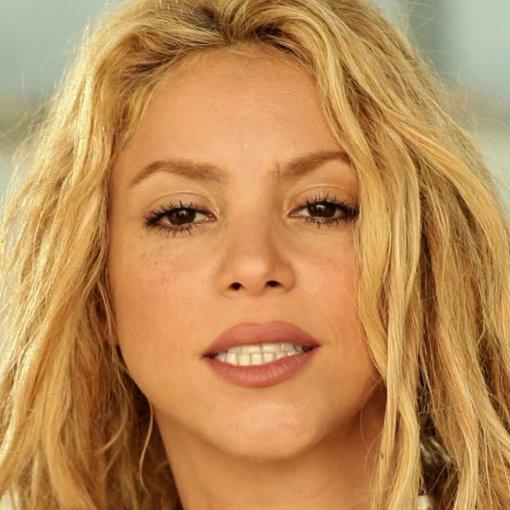 Shakira waka waka world cup 2010 song - 3 1
