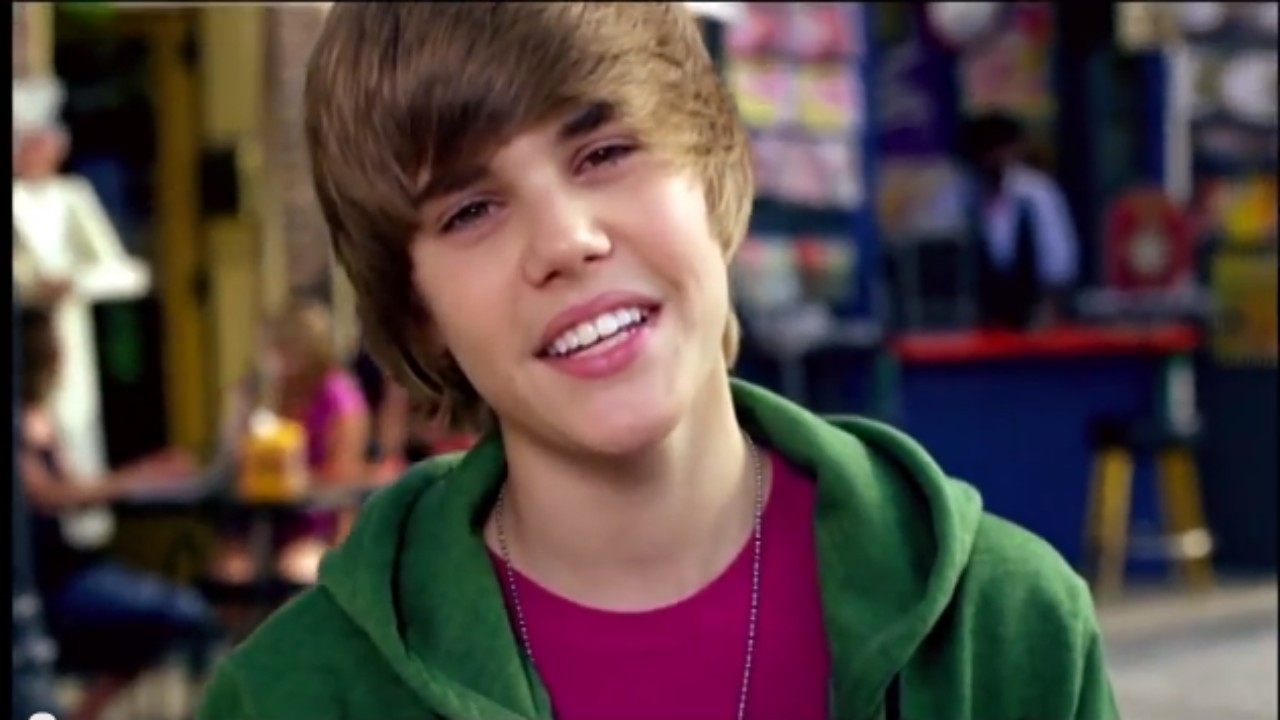Justin Bieber - One Less Lonely Girl - YouTube